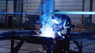 PANDA LIFT видео для конкурса Я БИЗНЕСМЕН 2016(Участвуя в конкурсе Я БИЗМЕН 2015, компания PANDA LIFT заявила о намерениях запустить производство гидравлически..., 2016-02-20T17:34:32.000Z)