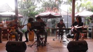Kesepian Kita - Pas Band - Live Music Restoran Bebek Kaleo Bandung
