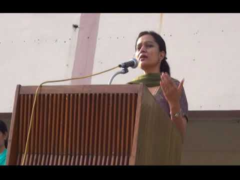 Dr Vidushi Sharma Speaking at DAV School, Kota About Success and Happiness in Students Life