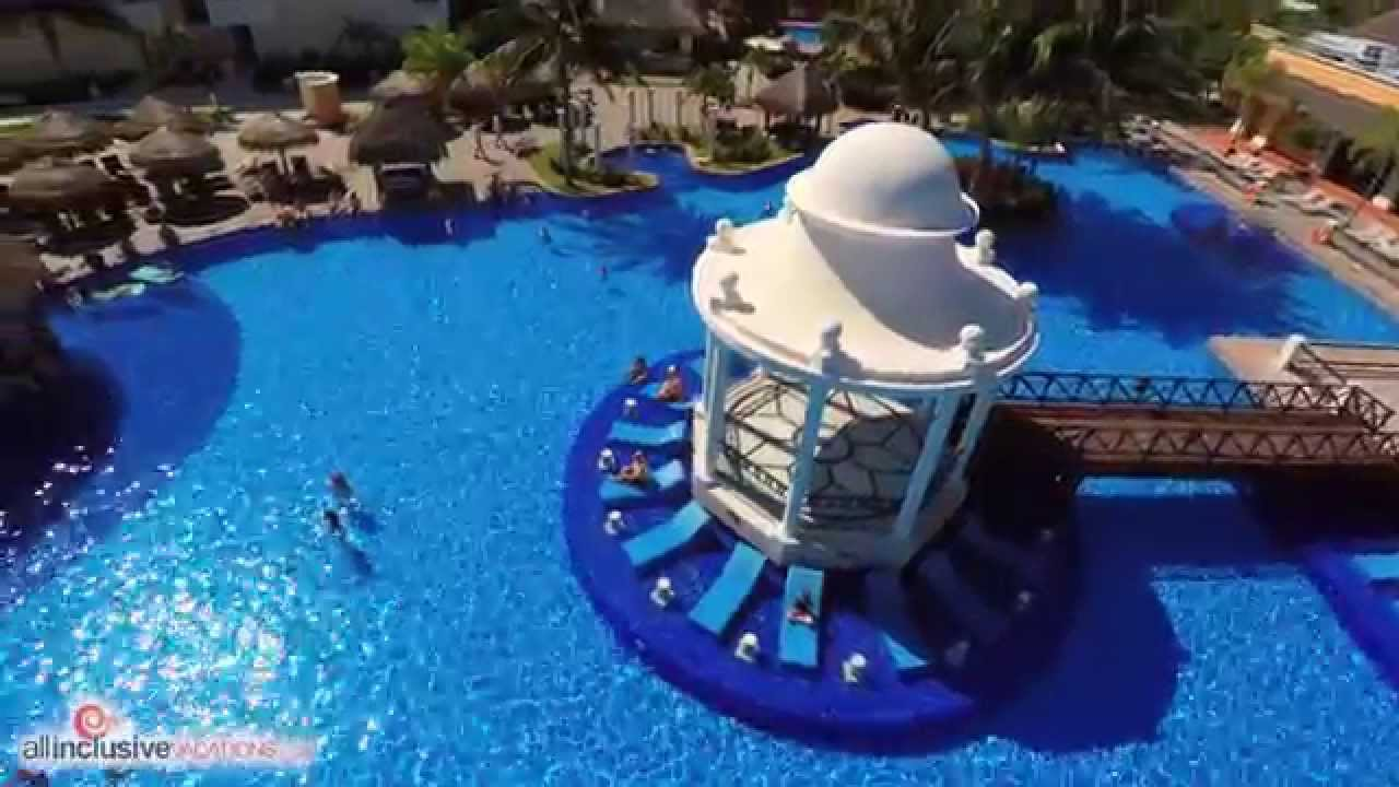 Excellence Resort Cancun