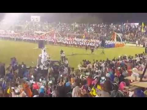 بالفيديو... حجم جماهير مدني التي رقصت مع البشير