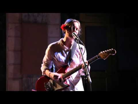 Scout Niblett - Kiss (Issue Project Room, 29 sep. 2014)