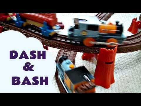 Trackmaster BASH & DASH Thomas The Train From Misty Island Kids Toy Train Set Thomas The Tank