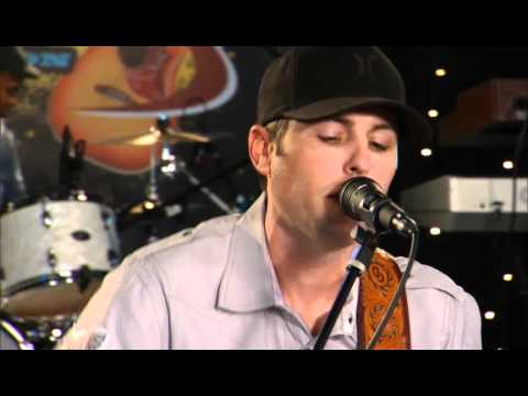 "Casey Donahew Band performing ""Moving On"" on The Texas Music Scene"