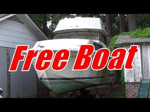 1975 Trojan Flybridge { FREE FREE FREE }