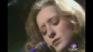 Bonnie Raitt - Blowing Away