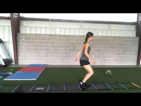 Nina Jiang  4D Skating Revolution Slideboard Training