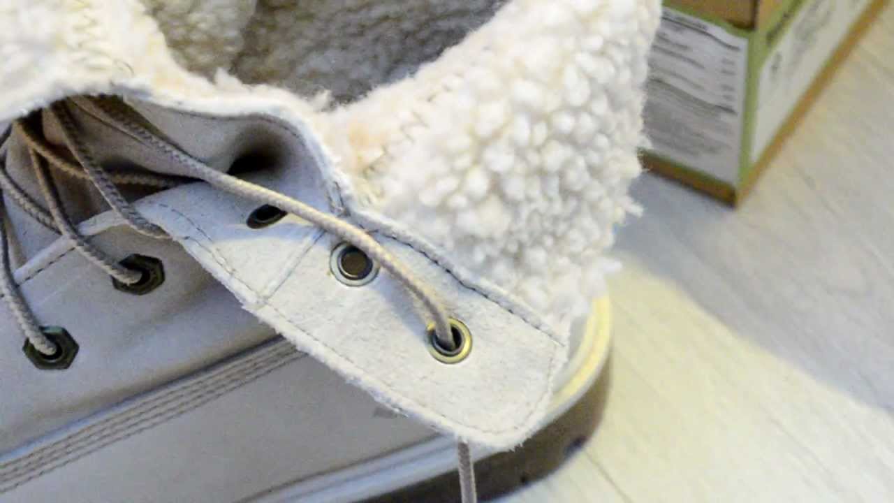 the best attitude 556e4 15dad Timberland Women s Teddy Fleece Fold Down Boot White Unboxing - YouTube