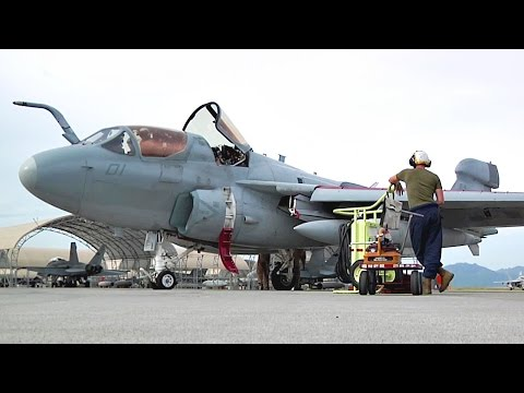 EA-6B Prowlers Maintenance