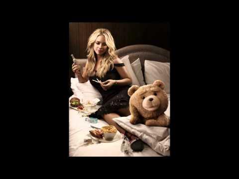 Jessica Barth la chica de Ted