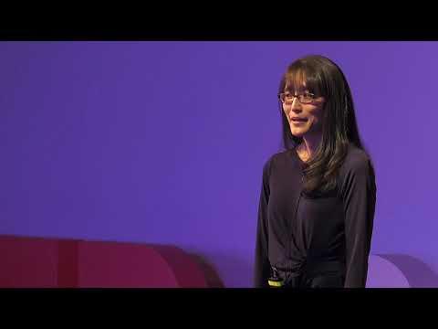 Why Most Parenting Advice is Wrong | Yuko Munakata | TEDxCU