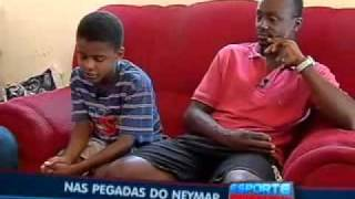 Conheça o menino que sonha em ser melhor que o Neymar no futebol.flv