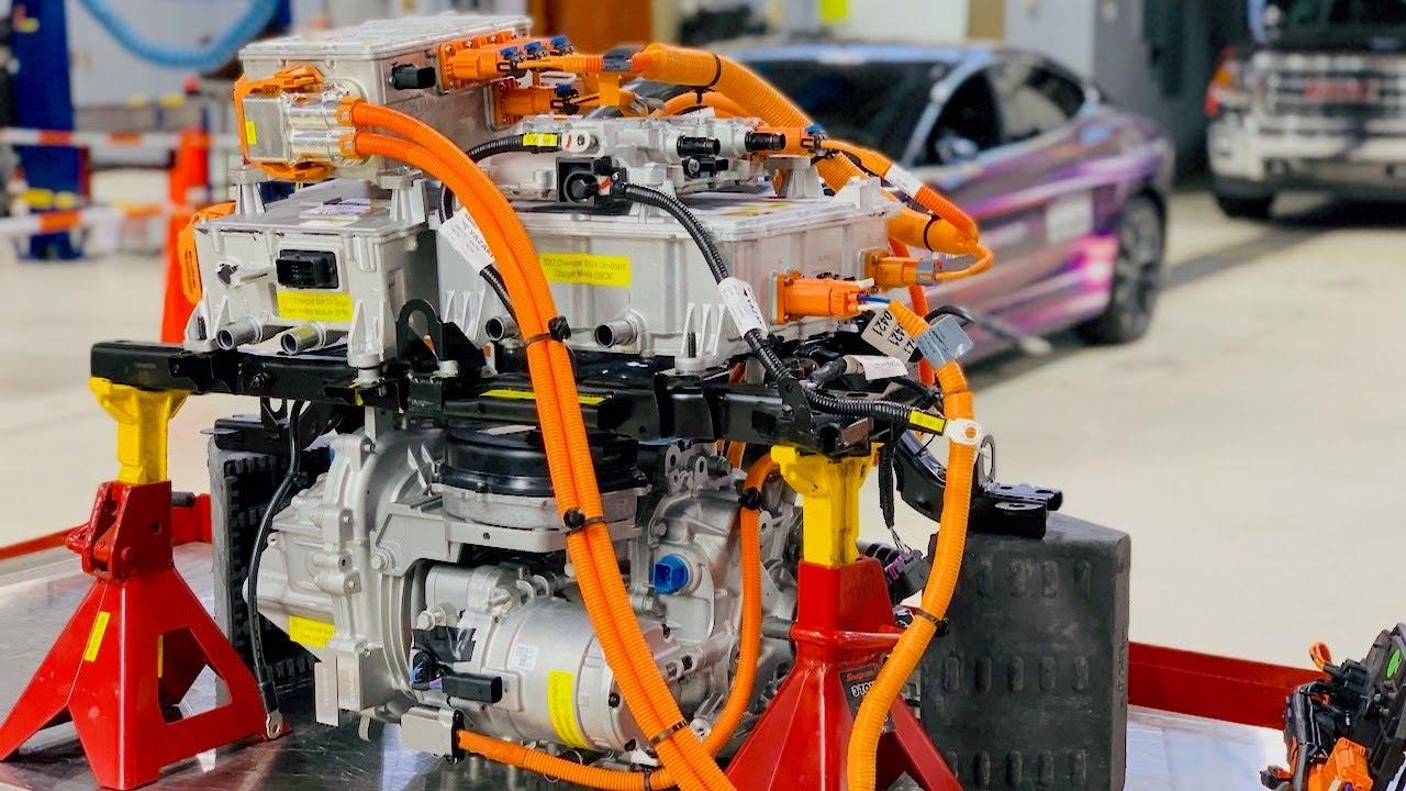 Chevrolet Bolt Ev >> Chevrolet Bolt EV High Voltage Components - YouTube