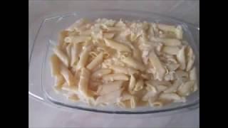 Запеканка из макарон с  сыром, сметаной и яйцами