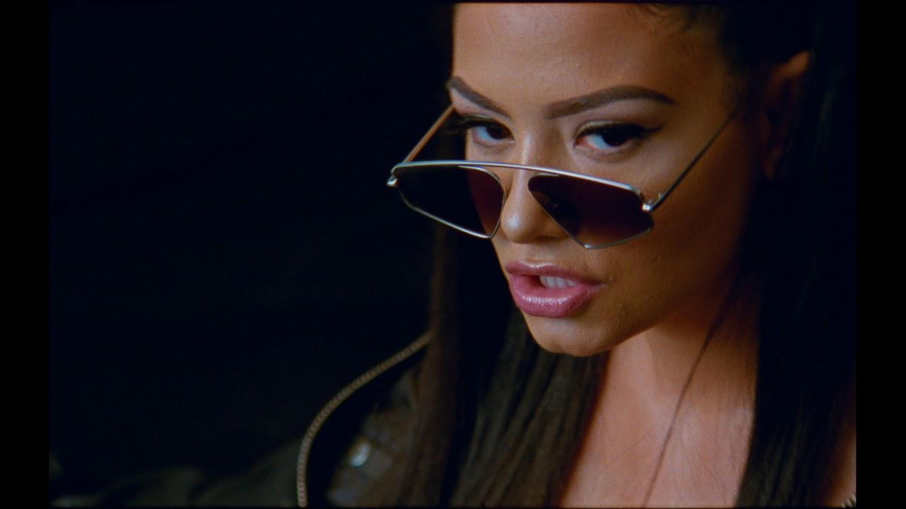 "Download Liyah ""Blame it on me"" (Clip Officiel)"
