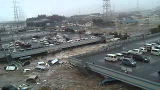 東日本大震災大津波 イオン多賀城店  Tsunami attack in Japan thumbnail