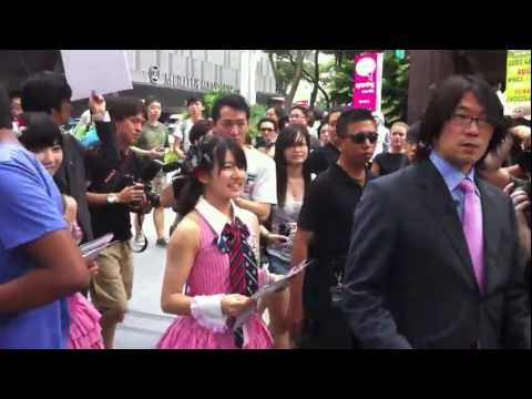 AKB48 シンガポール Singapore Orchard Road Walk