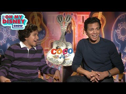 Benjamin Bratt and Anthony Gonzalez of Coco Quiz Each Other on Disney•Pixar Trivia | OMD