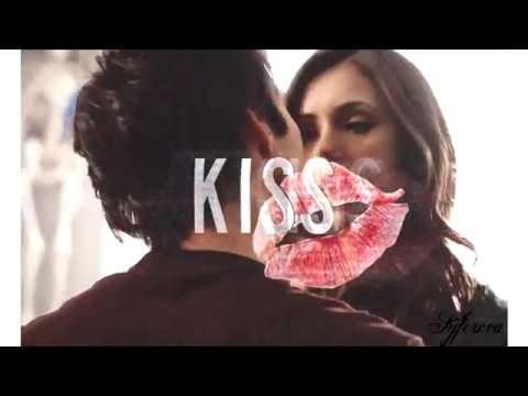 ►Damon & Elena - Love you like a love song