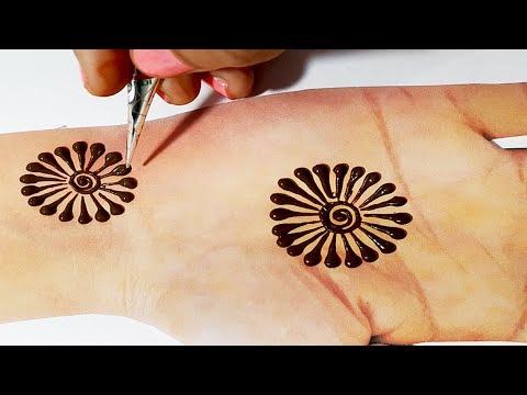 Unique Mehndi Trick - Easy Flower Mehndi Design 2019 - हाथों पे आसानी से मेहँदी लगाना सीखें