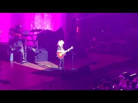 Tori Kelly - Unbreakable Tour 2016