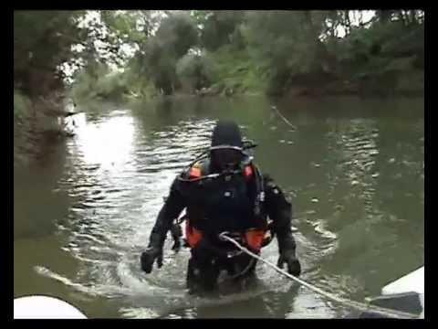 Водолазы нашли труп ребенка в реке Латорица 18+ / Divers Found The Body Of The Child