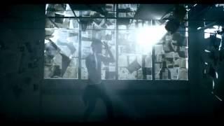 Machine Gun Kelly - Invincible Explicit ft Ester Dean Thumbnail