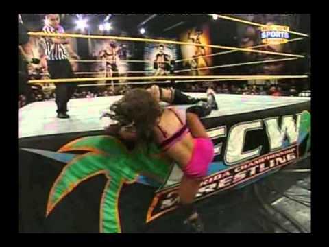 FCW 05/15/11 - Aksana vs. AJ Lee (FCW...