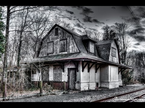 Urban Exploration - ABANDONED - Pennsylvania Railroad Train Station