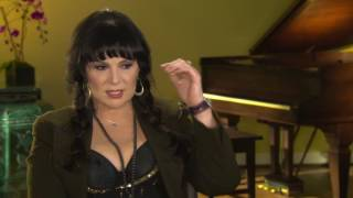 Download Heart's Ann Wilson discusses Jimi Hendrix's performance of