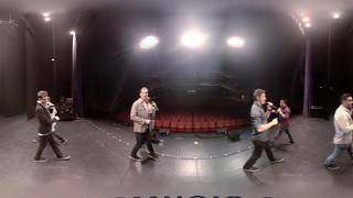 Straight No Chaser - Up on the Housetop [360 Live Video]