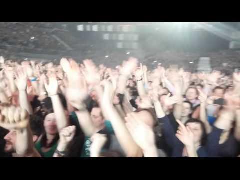 Queen and Adam Lambert 2015 feb Vienna Radio gaga