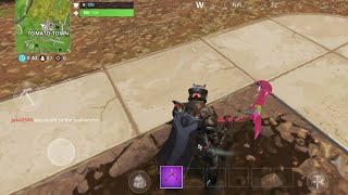 Se faire frapper par le BAN HAMMER ON FORTNITE MOBILE