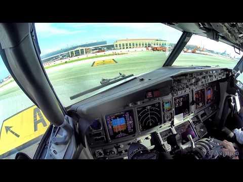 4K Boeing 737 Cockpit Landing in Malaga