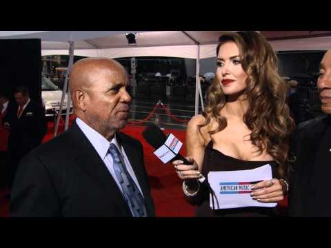 Berry Gordy and Smokey Robinson Red Carpet Interview AMA 2011