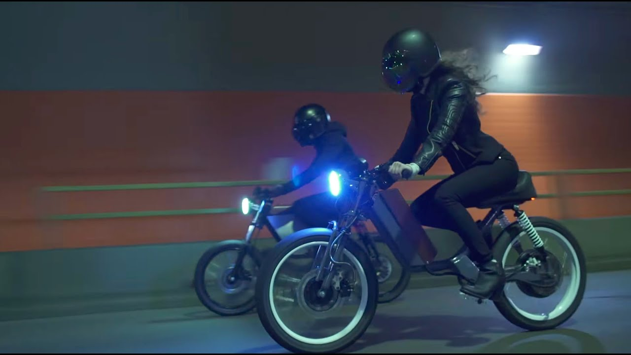 ONYX MOTORBIKES – MOPEDS ARE BACK!