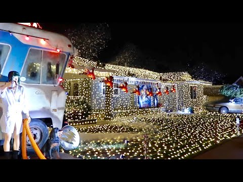 The Christmas Vacation House & Cousin Eddie's RV - Griswold Family Christmas Recreation and Lights