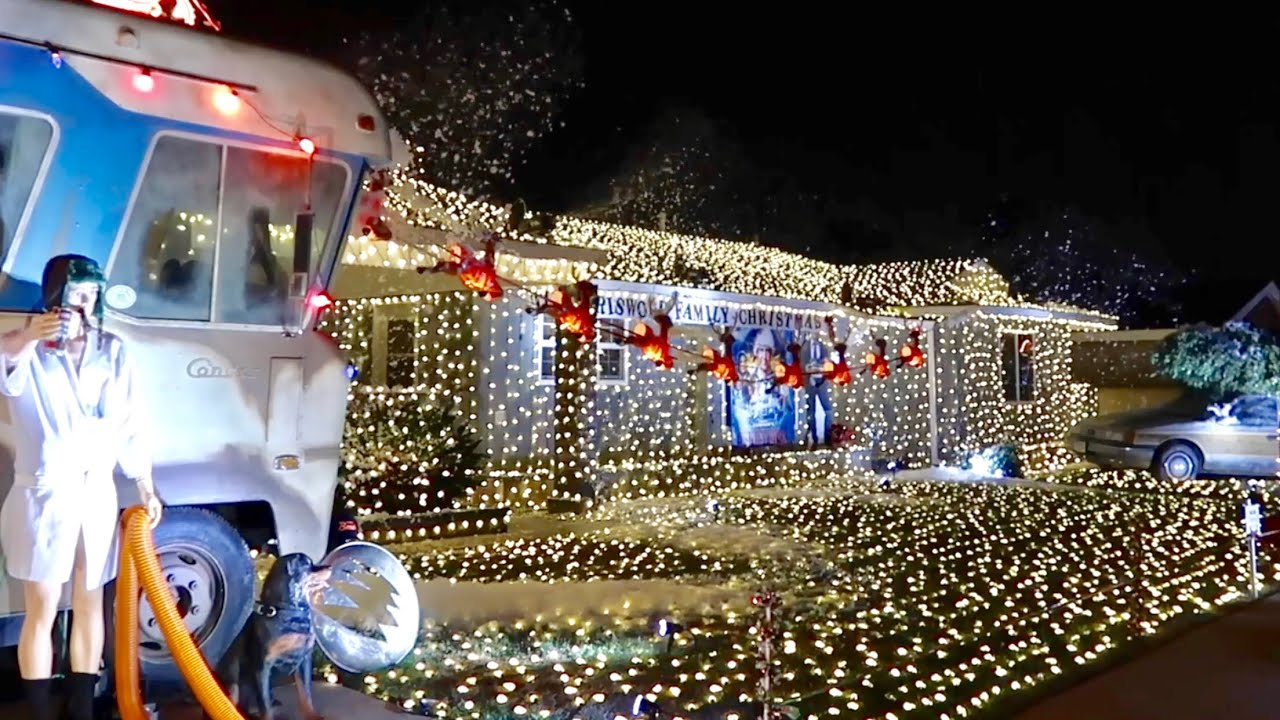 Griswold Christmas.The Christmas Vacation House Cousin Eddie S Rv Griswold Family Christmas Recreation And Lights