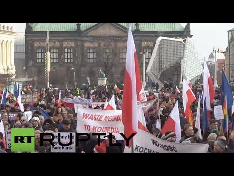 Poland: Thousands protest against new media legislation in Poznan