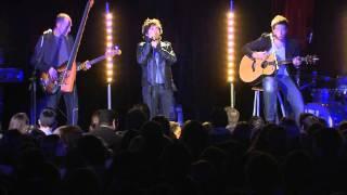 Mickael Miro - Live W9 à la Tour Eiffel