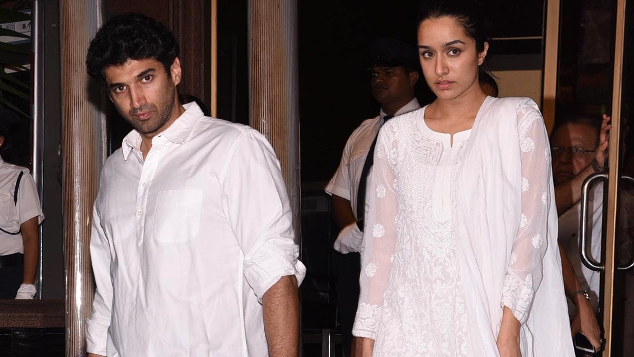 Aditya Roy Kapur And Shraddha Kapoor Snapped At Aishwarya Rai