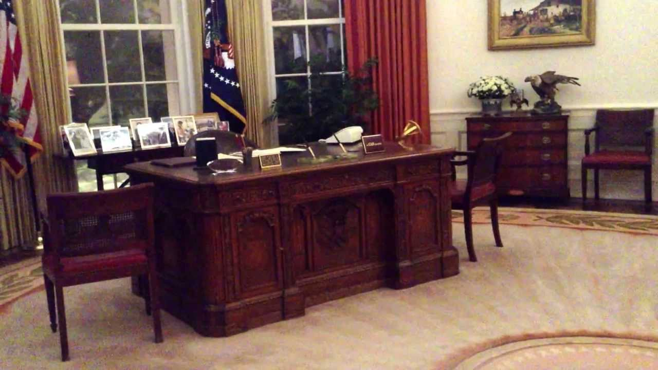reagan oval office. The White House Oval Office Replica At Reagan Library V