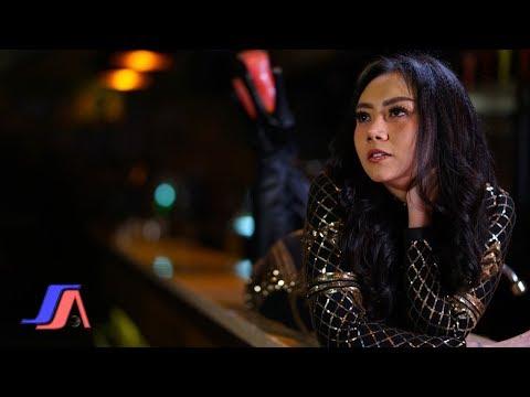 Atas Bawah - Iva Lola ( Official Music Video )