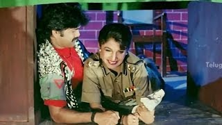 Video Nagarjuna & Ramya Krishna hiding in the police station - Hello Brother Movie Comedy Scenes download MP3, 3GP, MP4, WEBM, AVI, FLV April 2018