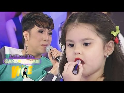 Kendra Kramer shows Vice Ganda how to put lipstick