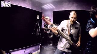 MON STUDIO live cover sessions #15 - KORN (Falling away from me)