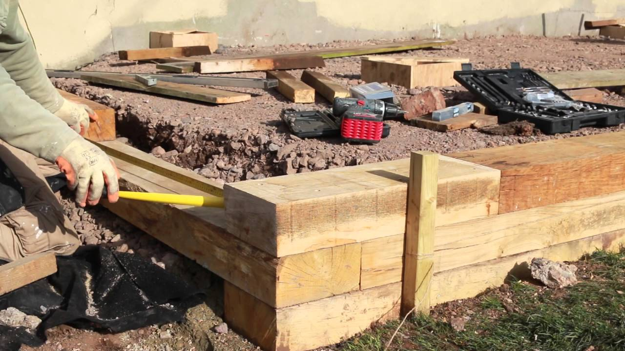 Building A Retaining Wall Garden Bed