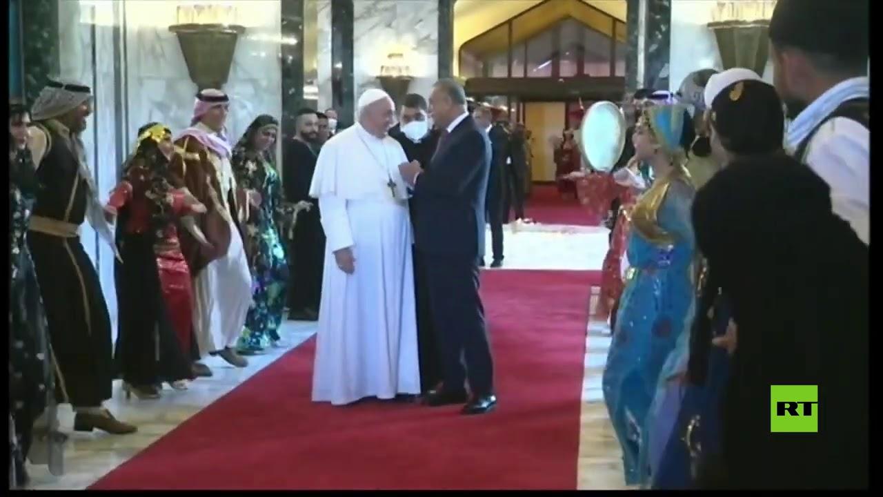 استقبال البابا فرانسيس في بغداد بالموسيقى والرقص  - 16:59-2021 / 3 / 5