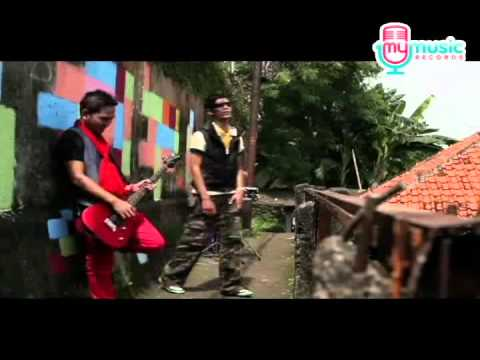 Qiu 9 - Siang Malam (Music Video) by My Music