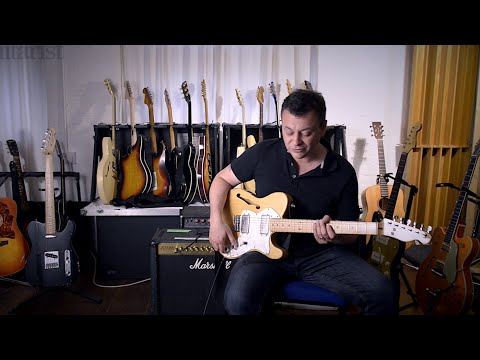 Manic Street Preachers' James Dean Bradfield talks guitar and plays Manics hits